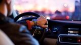 Po dokončení autoškoly sedejte za volant se zdravou sebedůvěrou, ale rozhodně ne s arogancí. Naučit se dobře řídit je běh na dlouhou trať