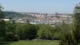 V Riegrových sadech bude první pražská pracovna pod širým nebem