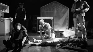 Komplic - Dejvické divadlo
