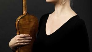 SOČR: Elina Vähälä hraje Bartóka
