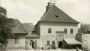 Zaniklé Podskalí a život na Vltavě - Podskalská celnice na Výtoni