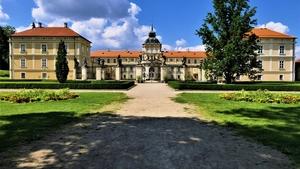 Zámek za TOTÁČE výstava fotografií na zámku Hořovice