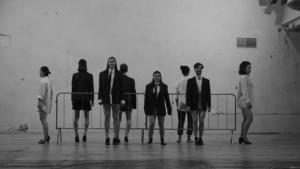 Beat generation znovu ožívá: Soubor Teatr Novogo Fronta uvádí novou inscenaci básně Allena Ginsberga Kvílení
