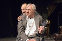 Divadlo Bez zábradlí uvede v březnu slavnostní premiéru hry Ronalda Harwooda Garderobiér