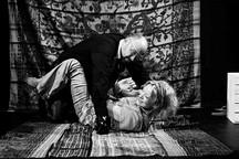 Divadlo v Řeznické chystá premiéru hry Kalifornská mlha o síle umění, Jacksonu Pollockovi a o tom, jak se nenechat životem převálcovat!