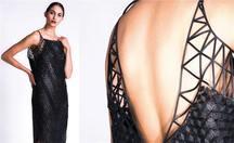 Jako první vytiskla domácí 3D tiskárnou módní kolekci, nyní míří do Prahy na designSUPERMARKET