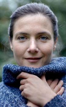 """Marta Töpferová vydává se svým projektem """"Milokraj"""" album """"TENTO SVĚT"""" Inspirované českou a moravskou lidovou hudbou, španělským flamencem, a latinskoamerickými prvky"""