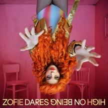 Femme fatale českého elektropopu. Zofie Dares z Mydy Rabycad vydává své první sólové album