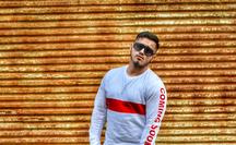 Rapper Abde pokračuje v sólové kariéře, vydává dospělý singl Daleko