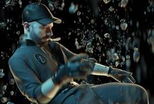 Francouzský hudební mág Woodkid okouzlí příští rok v květnu Prahu