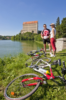 Hledáte dovolenou s nápadem? Projeďte se Prostějovskem na kole!
