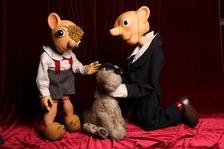 Divadlo Spejbla a Hurvínka se připojilo k Noci divadel. Divadlo připravuje vánoční dárky a chybět nebudou také outdoorové hry