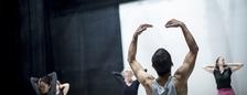 PONEC Online: Lekce Contemporary Dance - PONEC - divadlo pro tanec