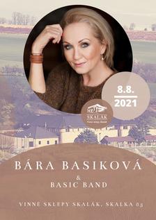 Bára Basiková na Skaláku