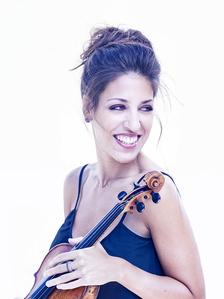 B4 Leticia Moreno s JFO - online